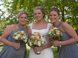 Lincolnshire bride and bridesmaids